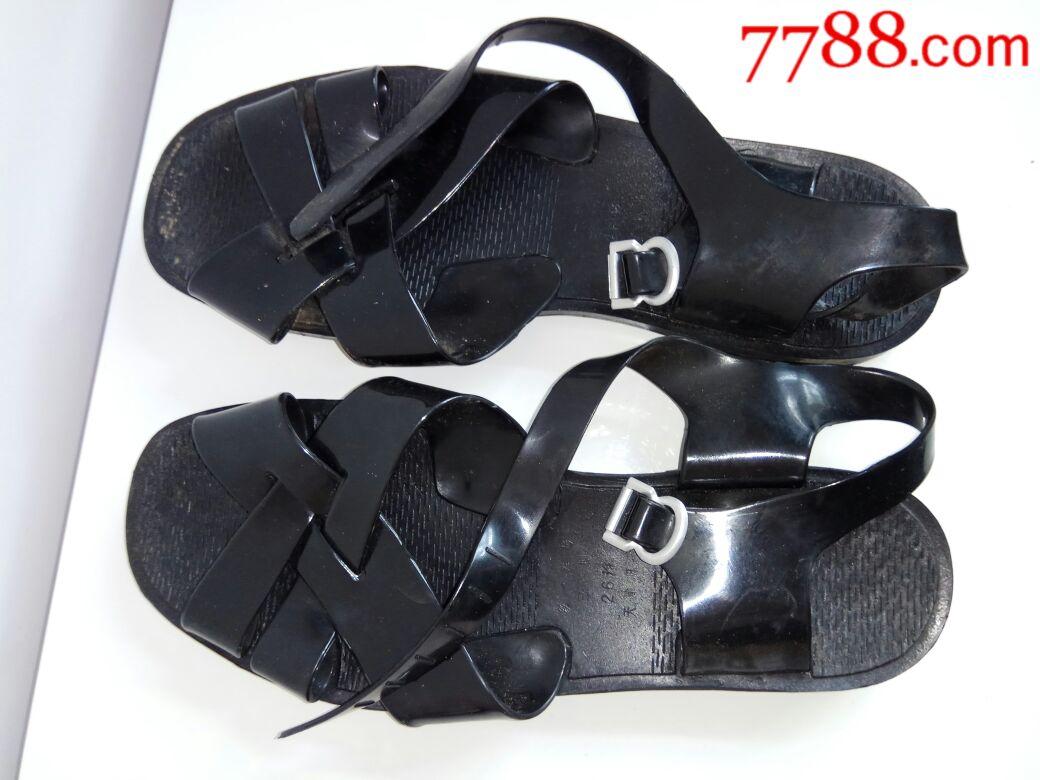 80年代老凉鞋,天津跃进牌,男士凉鞋(塑料鞋)