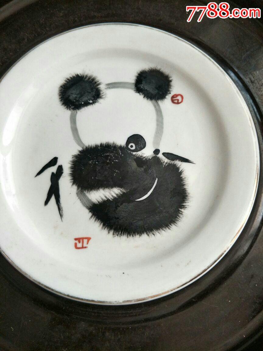 手绘熊猫盘子