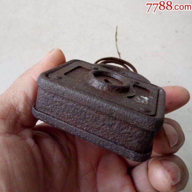 西洋老铁锁,大铁锁蛋糕连衣裙秋冬图片