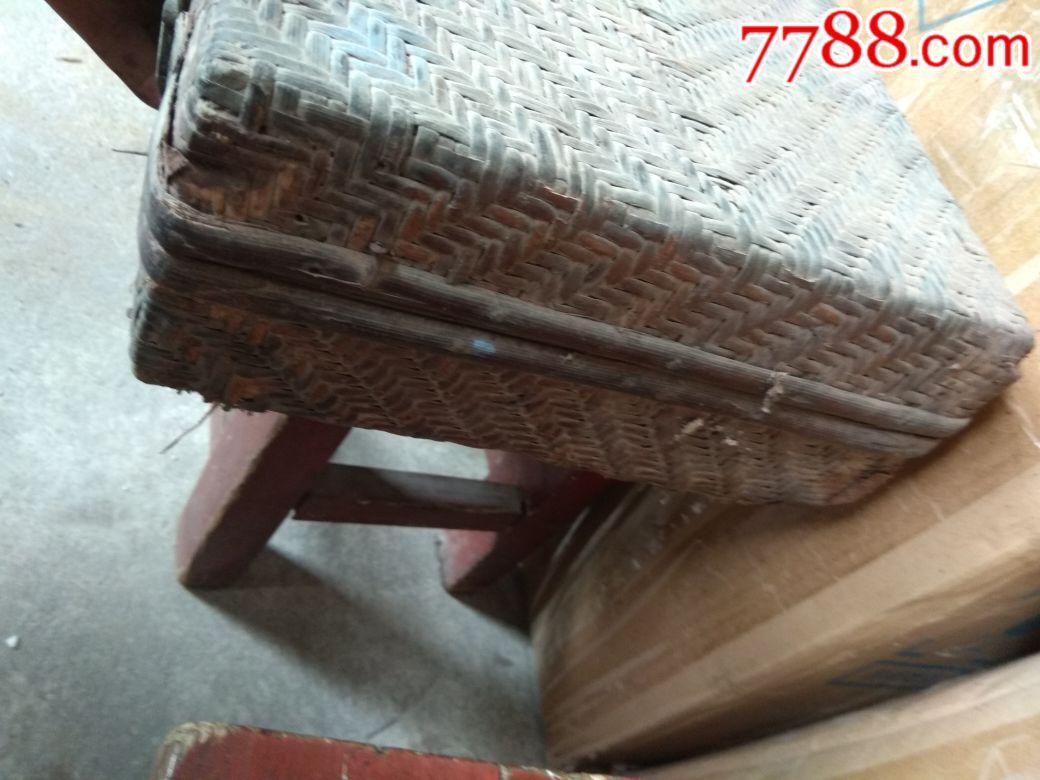竹编箱子图片