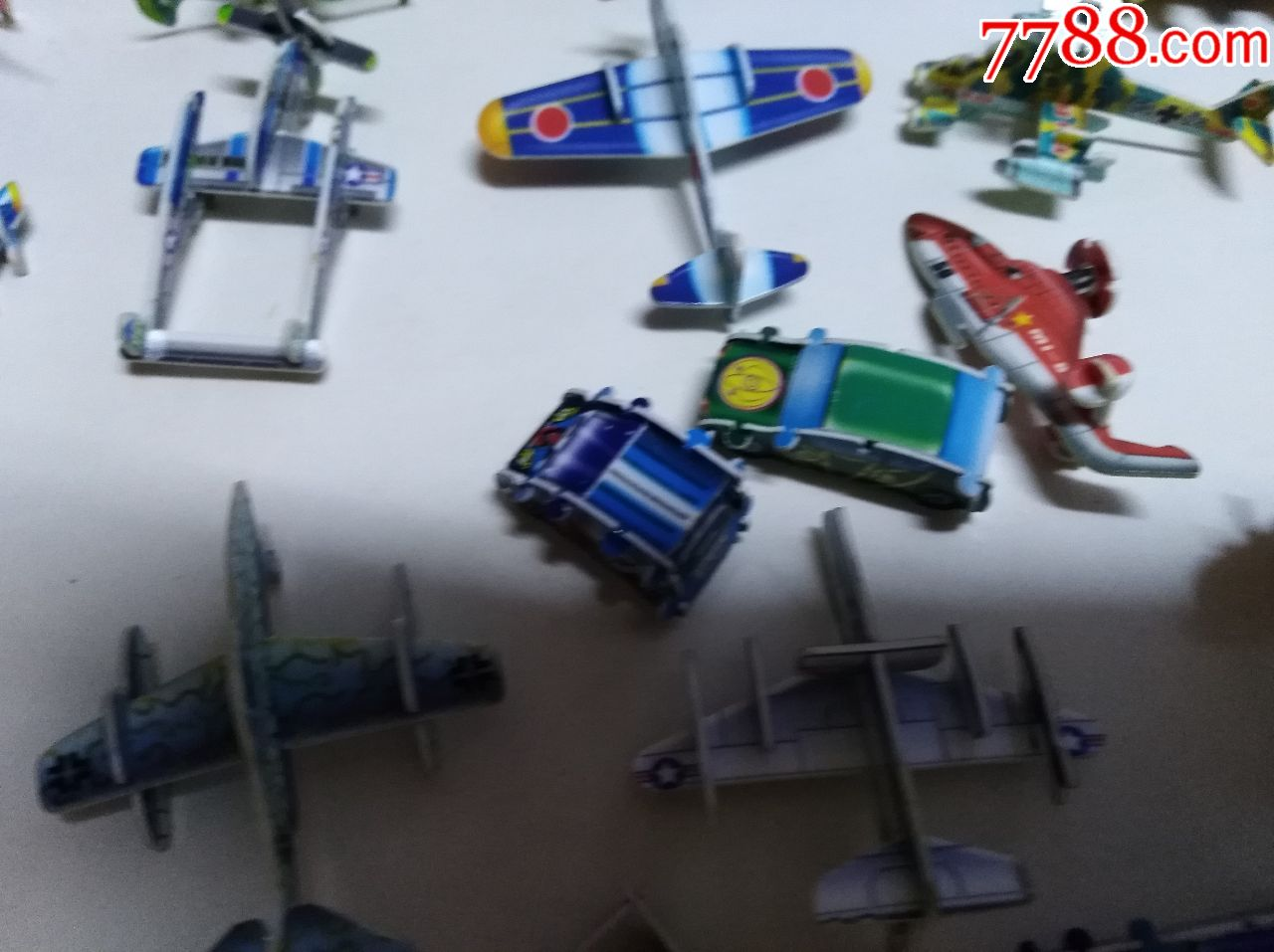 小灵龙房子卡叠成的小车玩具,套装,娃娃,变形金刚等一嗯比飞机玩具恐龙图片