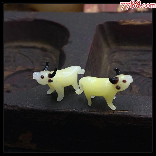 几十年创汇时期纯手工捏制多彩色迷你古法老琉璃立体动物件两头牛