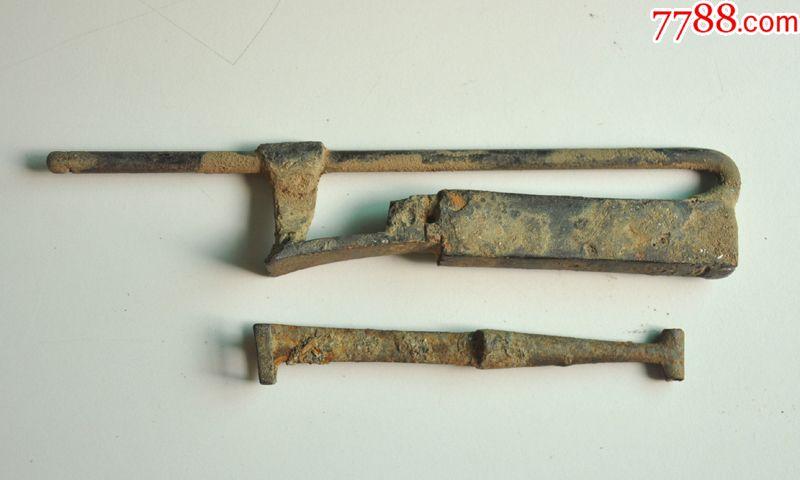 唐宋钥匙的一把铁锁,有时期,锈蚀已不开启挤菜馅图片