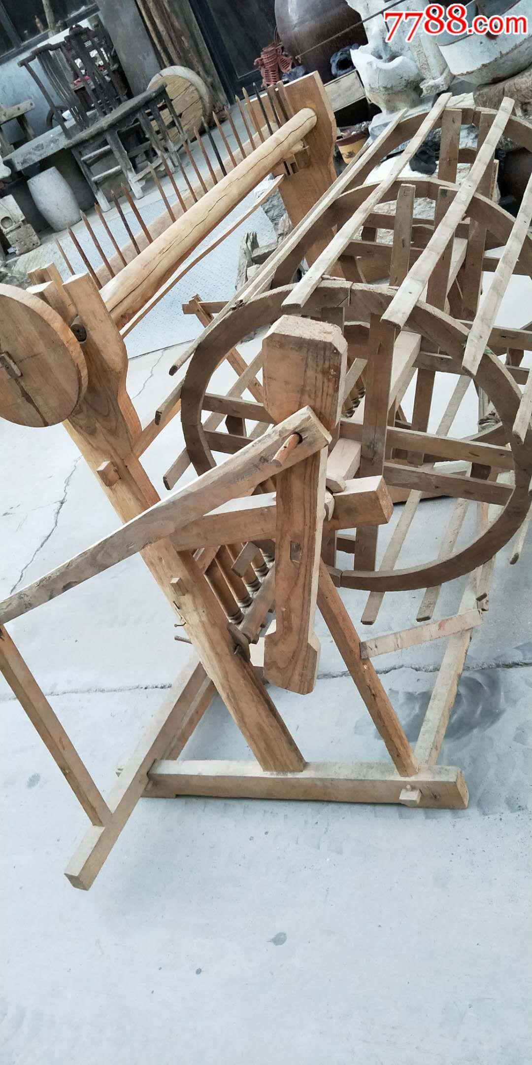 抗日战征时为支援前线纺花车一件原头货全品榆木能正常使用品象如图图片