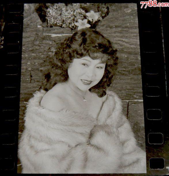 烫发造型【135老美女】范冰冰扎头发底片图片