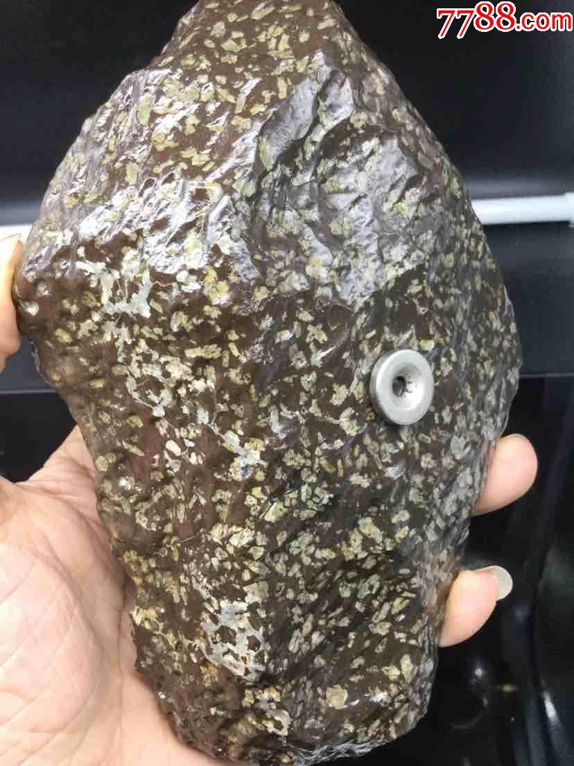 陨铁大炮_新疆罗布泊橄榄陨铁陨石