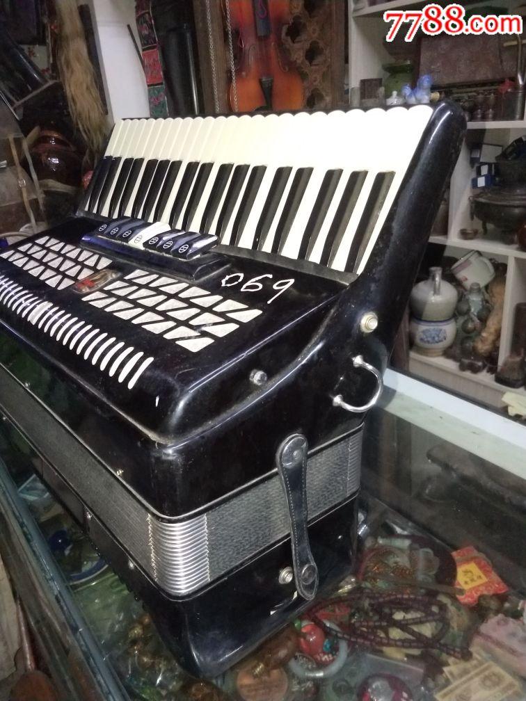 百乐牌手风琴价格_全新2002年120贝斯鹦鹉牌大手风琴一台,基本很没使用-价格:1588 ...