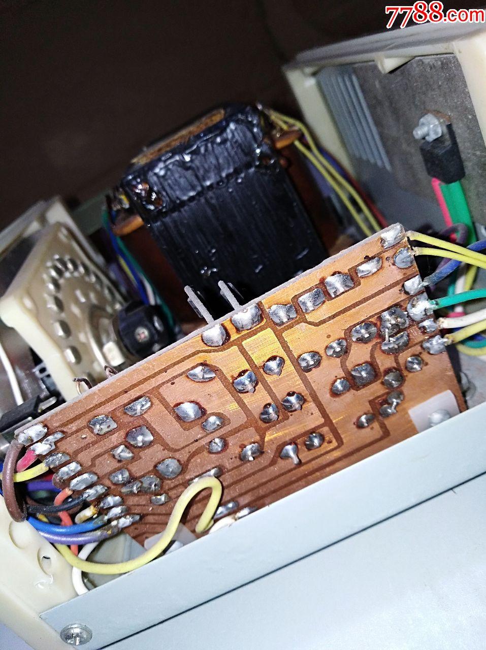j1202-1型学生电源机身号371,全自动保护,集成电路,黄金线路板.输入