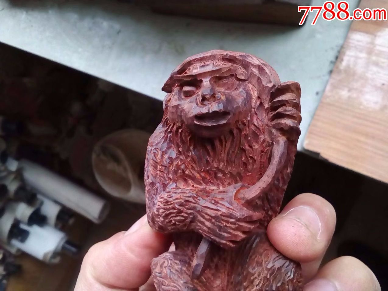 一口价,保证小叶紫檀红木,纯手工雕刻动物花鸟,猴子举
