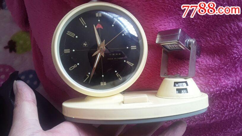 七十年代带台历的闹钟(少见)(se66067076)_