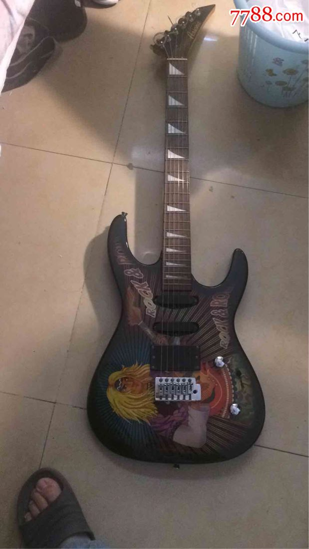 日本电吉他(se68356254)_