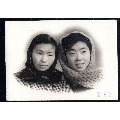 50年代美女合影老照片1張(尺寸約8.5*11.8厘米)696(se71165366)_7788收藏__收藏熱線