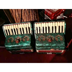 收的鸚鵡牌手風琴一對全品正常使用特價(se77034608)_7788舊貨商城__七七八八商品交易平臺(7788.com)