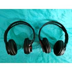 兩個耳機(se77239400)_7788舊貨商城__七七八八商品交易平臺(7788.com)