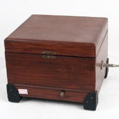 1900年西洋古董德國八音盒Polyphon實木箱式碟片式手搖音樂盒9品(se77333606)_7788舊貨商城__七七八八商品交易平臺(7788.com)