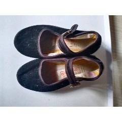 中國最后一雙小鞋,裹足鞋,纏足鞋(se77492444)_7788舊貨商城__七七八八商品交易平臺(7788.com)