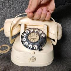 1950年代西洋古董手提式旋轉撥號金屬電話機老式電話民俗老物件(se78109121)_7788舊貨商城__七七八八商品交易平臺(7788.com)