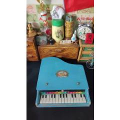 上世紀70-80年代中國上海制造木質小鋼琴童年回憶老物品聲音清脆。(se78255371)_7788舊貨商城__七七八八商品交易平臺(7788.com)
