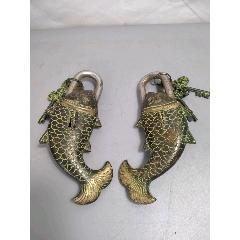 銅魚鎖一對,皮殼老辣,做工精美,保存完好,品相一流,尺寸如圖。(se78263249)_7788舊貨商城__七七八八商品交易平臺(7788.com)