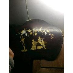 七八十年代寬48.2厘米手工雕刻嵌螺佃葡萄人物畫紅木板掛件一件。高39厘米,厚1(se78632925)_7788舊貨商城__七七八八商品交易平臺(7788.com)