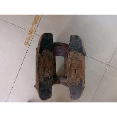 抗战时期,骑兵班马鞍子,品如图,做工有铁艺,字迹可看到。少见。(se83254178)_7788收藏__收藏热线