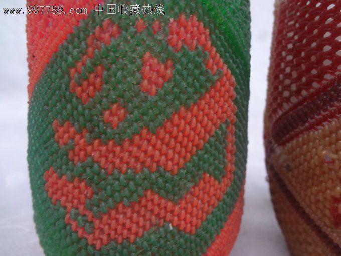 七八十年代全手工彩色编织的熊猫纹套玻璃杯老茶杯两只,熊猫姿态各不