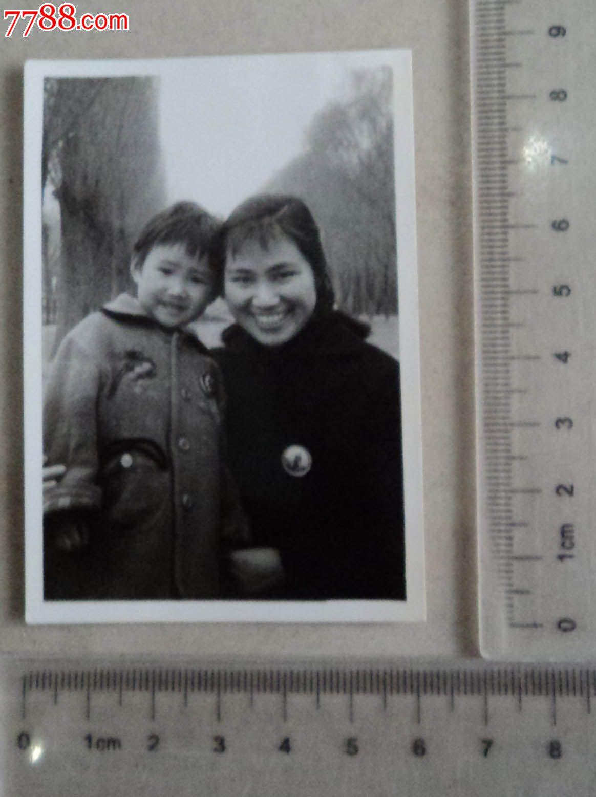 可愛寶寶和美麗媽媽合影-se16408607-老照片-零售