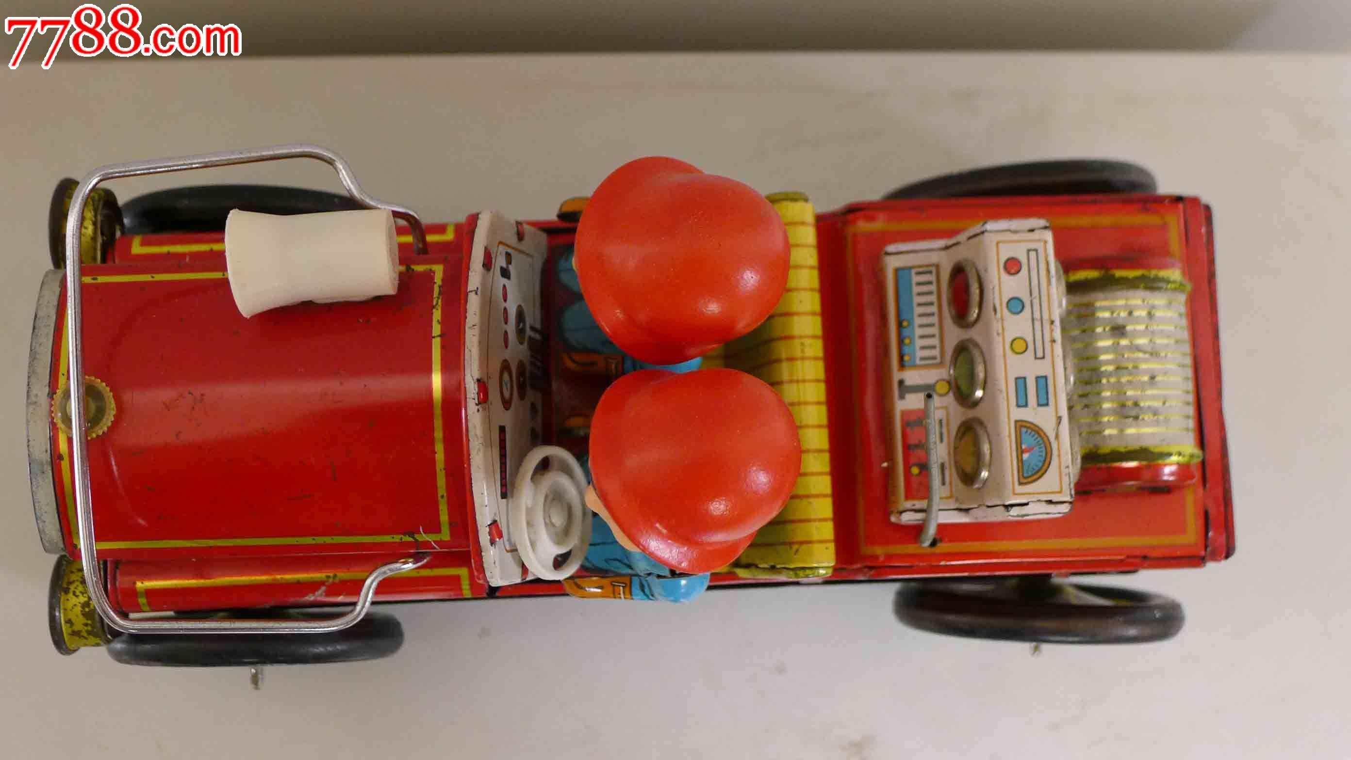 牛仔盒做消防车手工制作