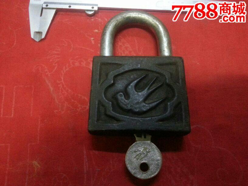 上海壁虎窗式螺栓膨胀铁锁图片