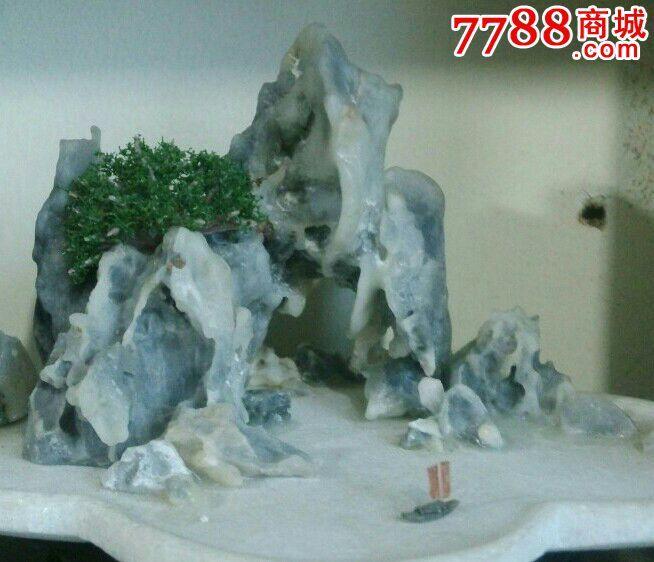 老艺人早期手工制作的山石盆景1