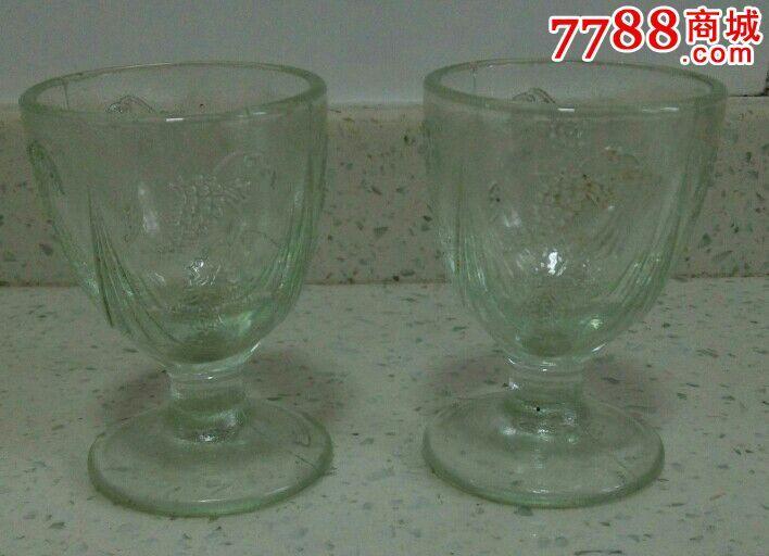 一对50年代的玻璃花卉酒杯_价格112.图片