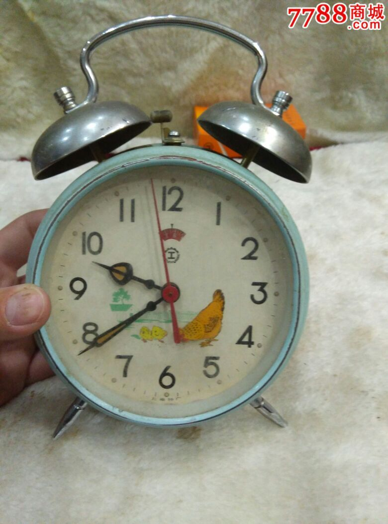 光盘手工制作闹钟步骤做法