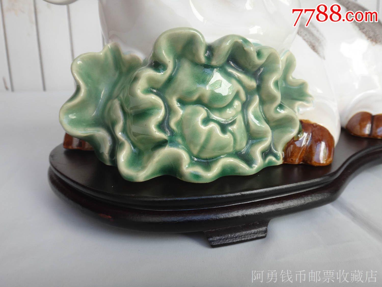 石湾陶瓷公仔生肖猪摆件(如意生菜猪)