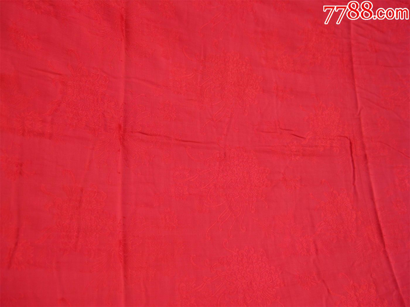 保老保真八十年代丝绸被面红色底布暗花菊花图案松树丝绸厂