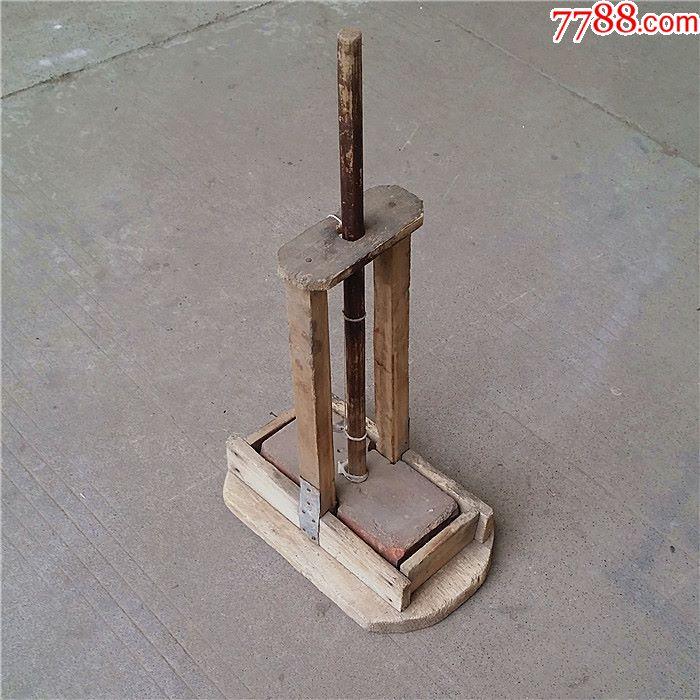 木器木制品木鼠夹捕鼠器奶嘴笼灭鼠器老鼠夹奶茶老鼠瓶图片