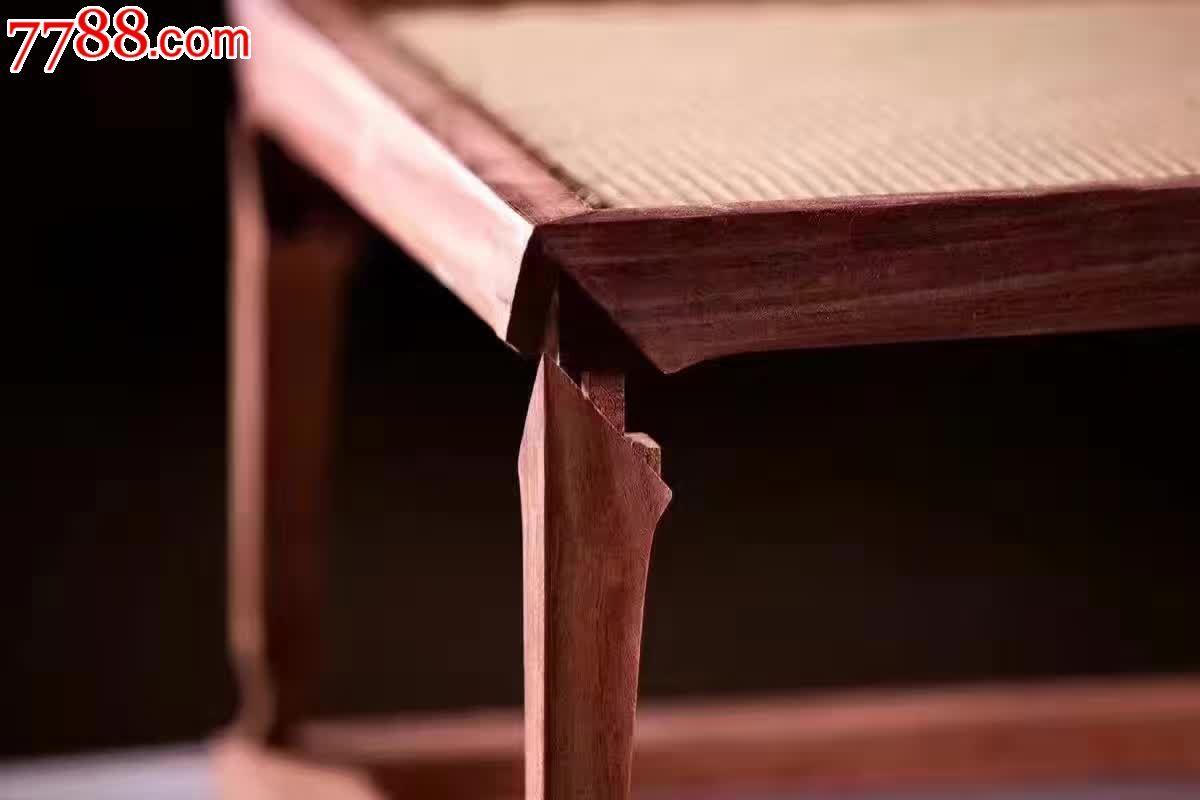 马蹄茶炕榫卯结构精工